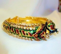 Cobra Design Bangle