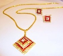 Necklace Red Gold Diamonte