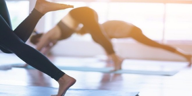 yoga stretch and tone class gold coast